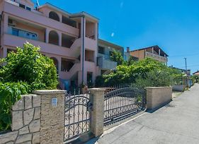 Apartments With A Parking Space Zadar - 13106 photos Exterior