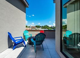 Exceptional 2Br Loft Sleeping Area W Roof Deck 2 Bedroom Townhouse photos Exterior