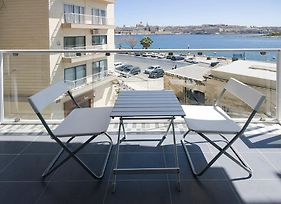 Sliema 2-Bedroom Apartment With Valletta Seaviews photos Exterior