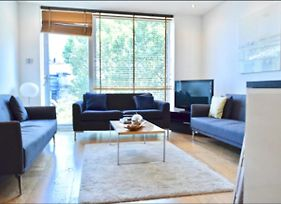 Stunning 1 Bedroom Property In Central London photos Exterior