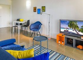 Cool & Groovy 1 Bedroom Pad - Close To Everything! photos Exterior