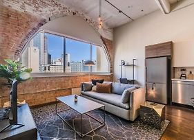 Visit Dallas From A Spacious 1 Bedroom Loft photos Exterior