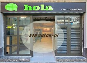 Hola Hostal Collblanc photos Exterior