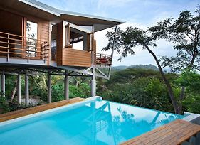Breathtaking 5 Star- The Floating House photos Exterior