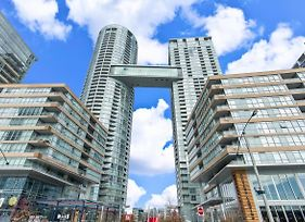Luxurious Condo By Cn Tower Free Parking photos Exterior