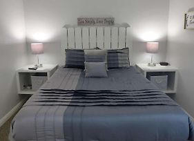 Fall Creek One Bdr. Updated Furnishings & Bedding. 14 5 photos Exterior