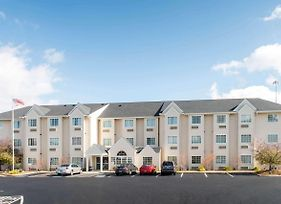 Microtel Inn & Suites By Wyndham North Canton photos Exterior