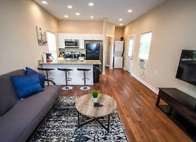 Douglas Way Remodeled House Near Downtown 1Ba/1Ba photos Exterior