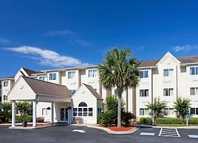 Microtel Inn & Suites By Wyndham Brunswick North photos Exterior
