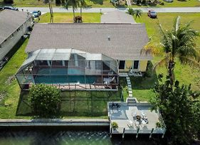 Large Gorgeous 3 3 Waterfront House With Pool And Dock And Boats And Fishing Rod photos Exterior