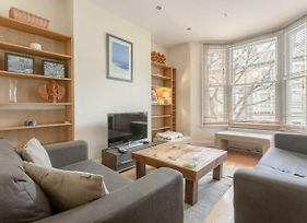 Spacious 2 Bedroom Flat In The Heart Of Brixton photos Exterior