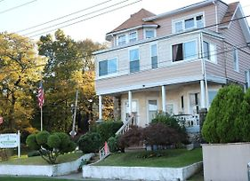 Harbor House Bed And Breakfast photos Exterior