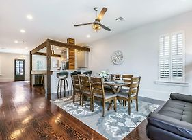 Luxury 3Br Townhouse Close To Fq & City Hot Spots photos Exterior