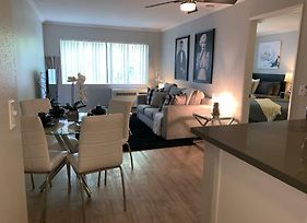 Hollywood Home One Bedroom Free Parking photos Exterior