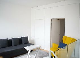 Bright And Modern 2 Bedroom Flat photos Exterior