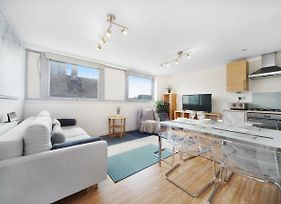 2 Bed Executive Apartment In Shoreditch Free Wifi By City Stay London photos Exterior