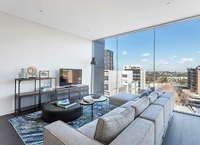 Stunning Brand New 2 Bed Apartment // Bondi Junction // Free Parking photos Exterior