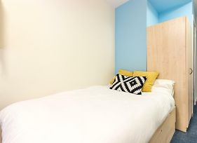 Modern Student Only Rooms In Manchester City Centre photos Exterior