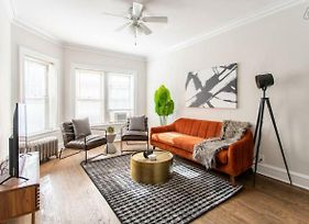 Charming And Sleek 2Br Apt At Lincoln Square Ea1 photos Exterior