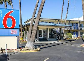Motel 6 San Diego Airport - Harbor photos Exterior