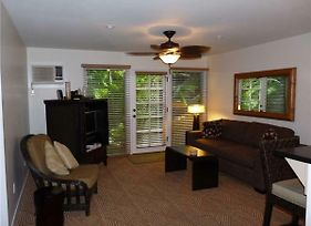 2 Bedroom Garden View Condo In Lahaina Town Sleeps 6 Aina Nalu #A109 photos Exterior