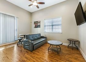 Gorgeous Condos Steps From French Quarter And Harrah S St. photos Exterior