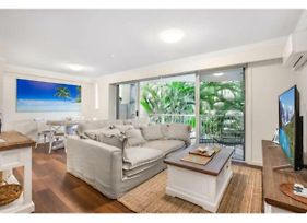 Live The Gold Coast Lifestyle In Top Location photos Exterior