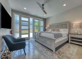 New! Upscale Townhome - King William/Southtown photos Exterior