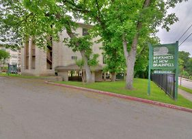 Beautifully Remodeled Condo On The Comal River - Inverness 316 photos Exterior