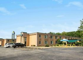 Days Inn By Wyndham Willoughby/Cleveland photos Exterior