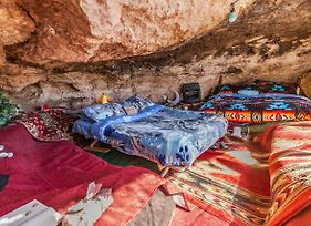 Cave, Yurt, Bubble And Other Glamping Adventures photos Exterior