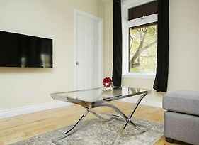 Lively 1Br In The Village By Sonder photos Exterior
