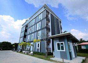 Living At Sphere Family Room photos Exterior