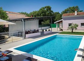 Awesome Home In Pula W/ Outdoor Swimming Pool, Wifi And 1 Bedrooms photos Exterior