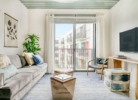 Modern And Stylish 1Br Midtown Loft By Lodgeur photos Exterior