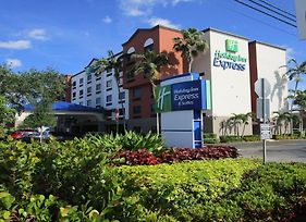 Holiday Inn Express & Suites Ft. Lauderdale Airport West photos Exterior