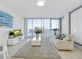 In The Central Of Beautiful Bondi Junction photos Exterior