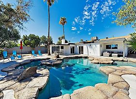 New Listing! Luxury Home: Heated Lagoon-Style Pool Home photos Exterior