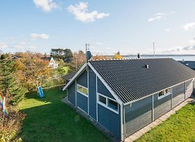 Four Bedroom Holiday Home In Ebeltoft 16 photos Exterior