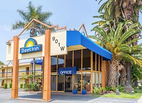 Days Inn By Wyndham Los Angeles Lax/Venicebch/Marina Delray photos Exterior