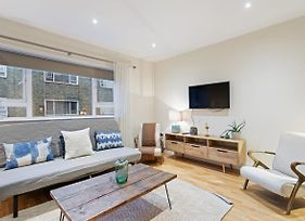 Chic 3 Bed 2.5 Bath In Heart Of South Kensington photos Exterior