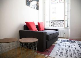 Hostnfly Apartments - Beautiful Bright And Cosy Apt Near Sacre Coeur photos Exterior
