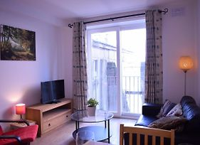 Light 1 Bedroom Apartment In Central Dublin photos Exterior