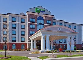 Holiday Inn Express Hotel And Suites Nashville-Opryland photos Exterior