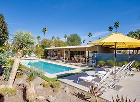 "3Br/2Ba ""The Bowie House"" Mid-Century Modern W/ Pool And Spa Home photos Exterior"