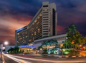 Dusit Thani Manila photos Exterior