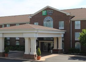 Holiday Inn Express Hotel & Suites Warrenton photos Exterior