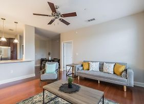 Modern Suite A Few Minutes From Six Flags! photos Exterior