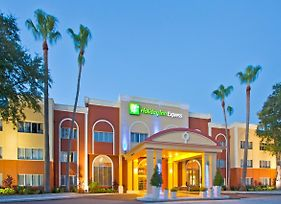 Holiday Inn Express Clearwater East - Icot Center photos Exterior