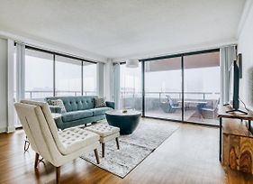 Penthouse With Incredible Views In The Heart Of Downtown By Lodgeur photos Exterior